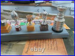 1971-72 Coleco Hockey NHL Trophy complet set With Stand, Box, Book all original