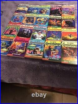 62 Complete Set 1-62 Goosebumps All Original Series Books! 18 Collectibles