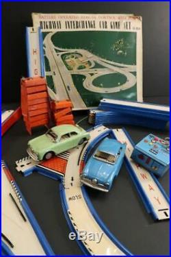 All Original YONEZAWA Alfa Romeo Giulietta Highway Game Set Japan 1959 Slot Car