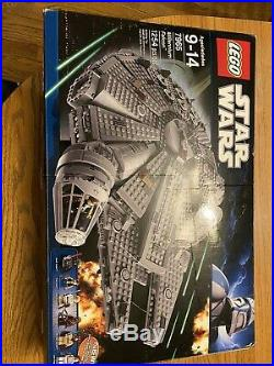LEGO 7965 Star Wars Millenium Falcon with All Original Pieces, figures Included