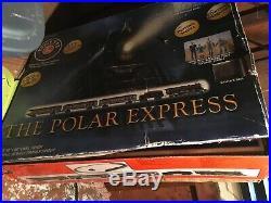 Lionel Polar Express Original Set all 8 cars plus engine